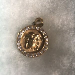 Medusa Pendant 10k Gold. Real. Authentic